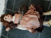 Porcelain doll: Leonardo: Ellie