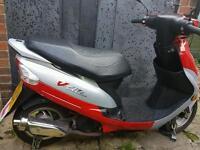 Peugeot v-clic 49cc moped