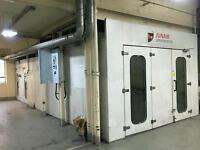 Junair Spraybooth 8m long with Qads
