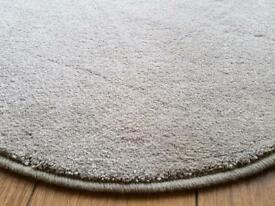 """Brand New Circular Rug 3'0"""" (36 inches)"""