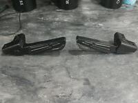 Set of passenger foot pegs for sym jet 4 125cc or 50cc black gloss exc condition