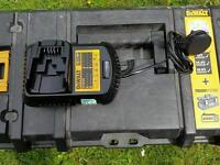 Dewalt DCB105 Lithium Ion Battery Charger for 10.8v, 14.4v and 18v XR batteries up to 4Ah