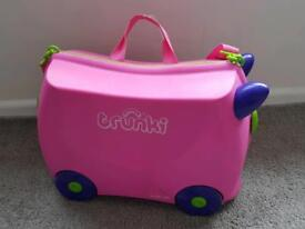 Pink Trunki **WITH TRUNKI ACCESSORIES!!**