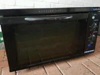 Blue seal oven. Model E25. Electric Turbofan Convention Oven