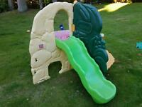 Little Tikes Jungle Gymn with wavy slide