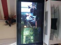 60inch hitachi plasma tv works perfectly £200
