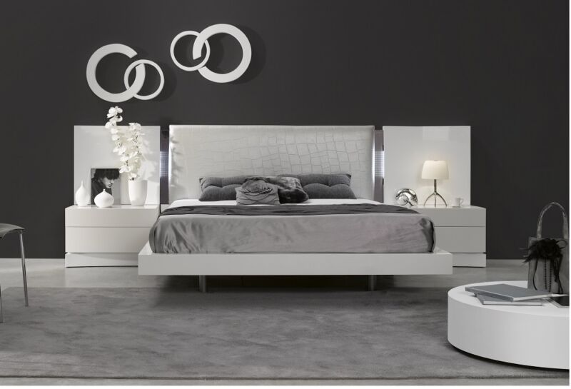 Luxurious Headboard White Natural Lacquer Modern 5 Piece King Size Bedroom Set