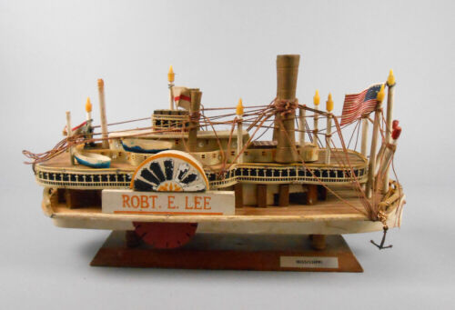 Robert E Lee Model Paddlewheel Steamboat Hand-Assembled Wood and Plastic Boat