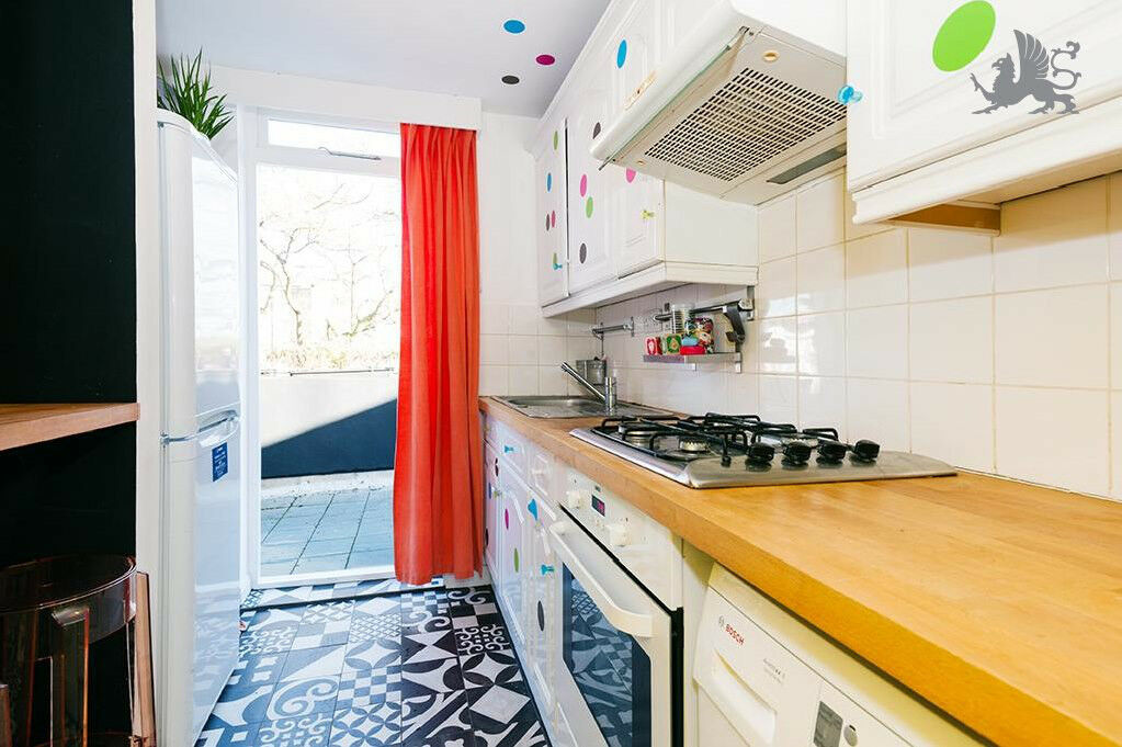 N1 *HOXTON / SHOREDITCH* Stunning 2 DOUBLE BED apartment, ROOF TERRACE, REAL WOOD FLOORS & MODERN