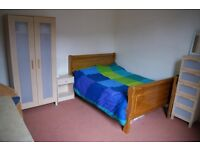 Double room in family home near Penny Lane