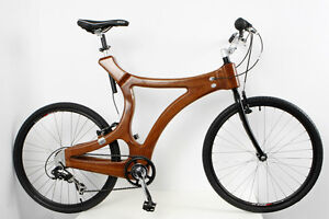 A unique hand-made wooden bike / mahogany bicycle ; Fahrrad aus Holz / Mahagony