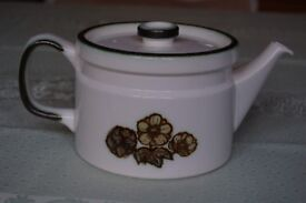 Wedgwood 'Primrose' Pattern Teapot, 2 pint Capacity, in Perfect Condition