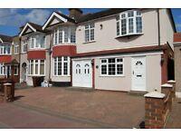 5 bedroom house in Westrow Drive, Barking, IG11