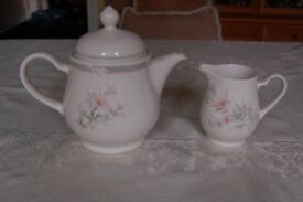 Noritake Marlfield Teapot and Milk Jug, made for Debenhams, in Pristine Condition