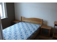 Lovely 2 bedroom partly furnished maisonette, one vacant quiet sunny double room £550