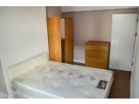 Double Room Available Now - Couples Accepted - Part DSS Accepted - Close To Catford Station