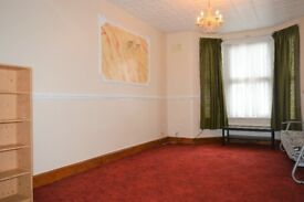 contact me now!!! - three bed house to rent in manor park/east ham - £1,850.00 pcm