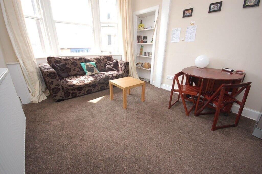 Bedroom Flat With Box Room Edinburgh