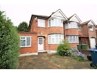 5 bed Semi Detached house in Pinner