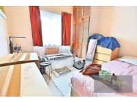 SPACIOUS 3 BED NO LOUNGE FLAT TO RENT IN CAMBERWELL SE5 - SHORT WALK TO OVAL TUBE, TONS OF AMENITIES