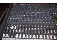 Soundcraft LX7 32ch mixing desk in flightcase - spares or repair