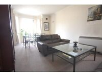 Two bedroom flat in chiswick, close to Gunnersbury Tube & Chiswick business park.