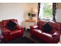 Full Red Leather Suite 2+1 in very good condition from a smoke and pet free home!!