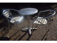 ALUMINIUM TABLE WITH CHAIRS
