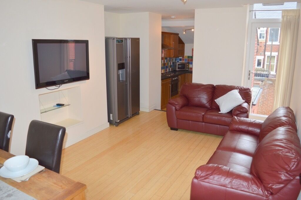 6 BEDROOM MAISONETTE AVAILABLE FROM 01/07/17 IN SANDYFORD, NE6 - £81pppw