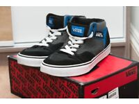 Vans Brooklyn trainers - black/classic blue with white laces - UK size 6.5 - USED (superb condition)