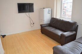 DOUBLE ROOMS IN 5 BED HOUSE IN HEATON, AVAILABLE FROM 28/07/17 - £360pcm BILLS INC.