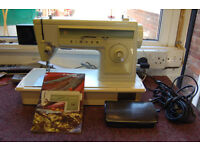 Singer Vintage Electric Sewing Machine With Case, Manual.