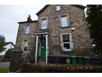 ** Studio to Let ** inc Wi-Fi Water & Gas *** GREAT LOCATION **