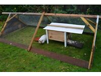 Outdoor weatherproof day hut for guinea pigs. Suitable for giving shelter within a run/cage.