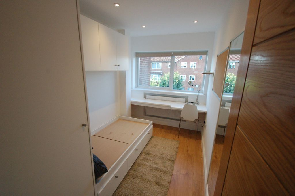 1 bedroom in Sevington Road, Hendon, NW4