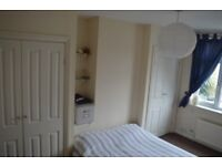 TWO BEDROOM TOP FLOOR FLAT HORFIELD £700 PER MONTH EXCLUDING BILLS