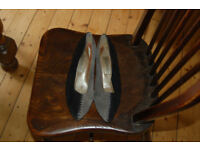 Vintage black and grey suede shoes with detailed criss cross at back of heel size 5/6.