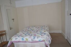 double room available in high wycombe all inclusive £480