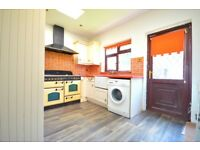 **FULLY FURNISHED 3 DOUBLE BED HOUSE AVAILABLE AND READY TO MOVE IN NOW!!**