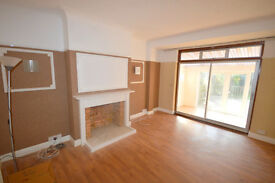 Fantastic 4 bedroom Semi-detached house with Garage and driveway in Chadwell Heath