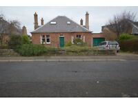5 bedroom unfurnished detached bungalow to rent on Caiystane Crescent