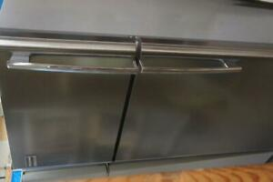 WORKING FRIGIDAIRE PROFESSIONAL STAINLESS FRIDGE NO SCRATCHES OR DENTS