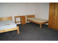 Furnished Clean Bedsit with own Bathroom **Rent include all bills and free wi-fi***