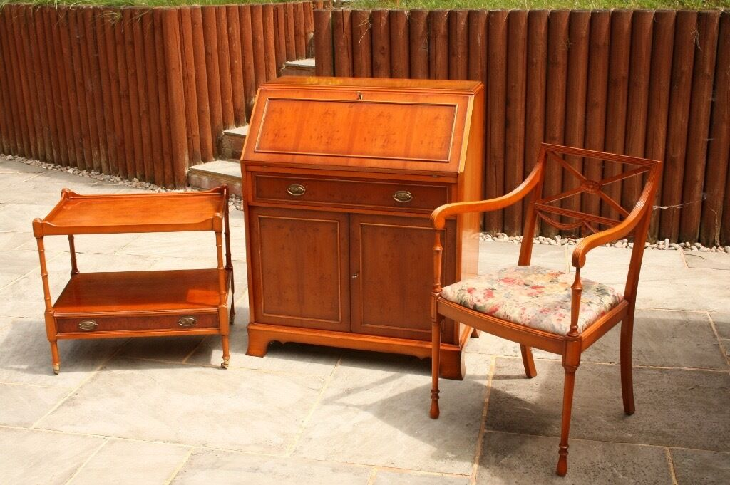 Yew wood writing bureau desk chair table quality english furniture