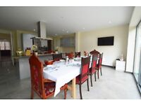 Stunning Large 5 Bedroom House With Garden To Rent In Streatham Close To Railway Station