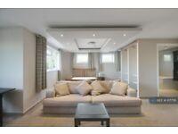 1 bedroom in Great West Road, Isleworth, TW7 (#971756)