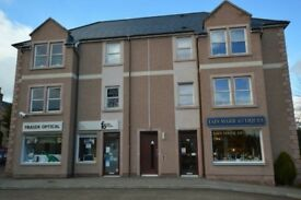 ** Spacious 2 bedroom top floor flat for rent available now Beauly **