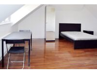 #~Spacious double studio fully furnished with a large living/bedroom space~#