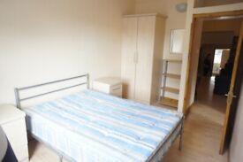 Harris Brown is proud to let a 3 bedroom flat - Angel