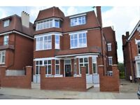 BRAND NEW HIGH SPEC 3 BED 2 BATH NEXT TO STREATHAM STATION £400PW